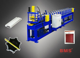 China 40Cr Steel Roller Shutter Metal Roll Forming Machine For Door And Windows factory