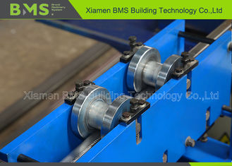 China Shelf Step Beam Racking Roll Forming Machine With Saw Cutting Use For Storage factory