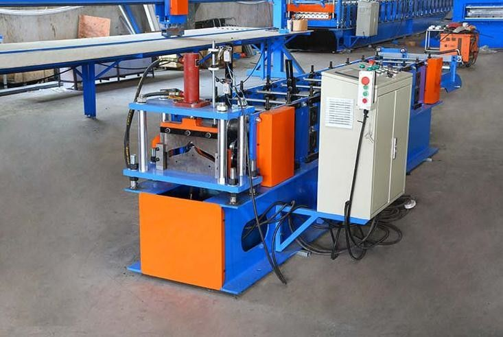 4.5T Ridge Cap Roll Forming Machine With Mold Steel Cr12 Post Cutter,Sheet Roll Forming Machine