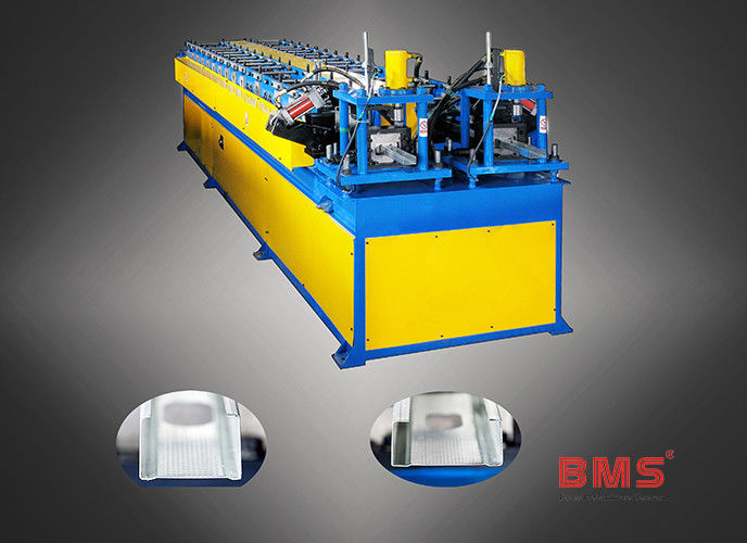 0.3-0.7mm Thickness Dual C Purlin Forming Machine With Servo Motor Punching supplier