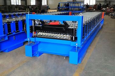 China High Efficiency Corrugated Roof Roll Forming Machine With Cr12Mov Cutter factory