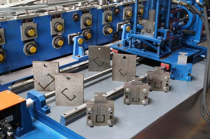 Easy Operate Metal Stud And Track Roll Forming Machine For Multi Profiles 30-40m/Min 4