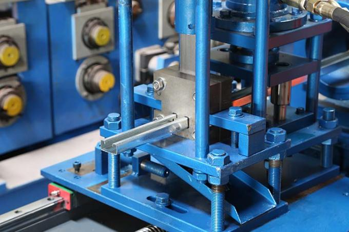 Easy Operate Metal Stud And Track Roll Forming Machine For Multi Profiles 30-40m/Min 5