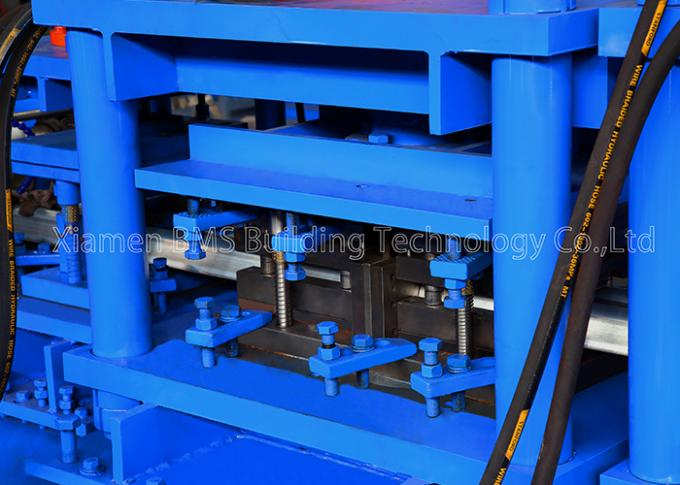 Low Energy Consumption Highway Guardrail Roll Forming Machine With Gcr15 Roller 1
